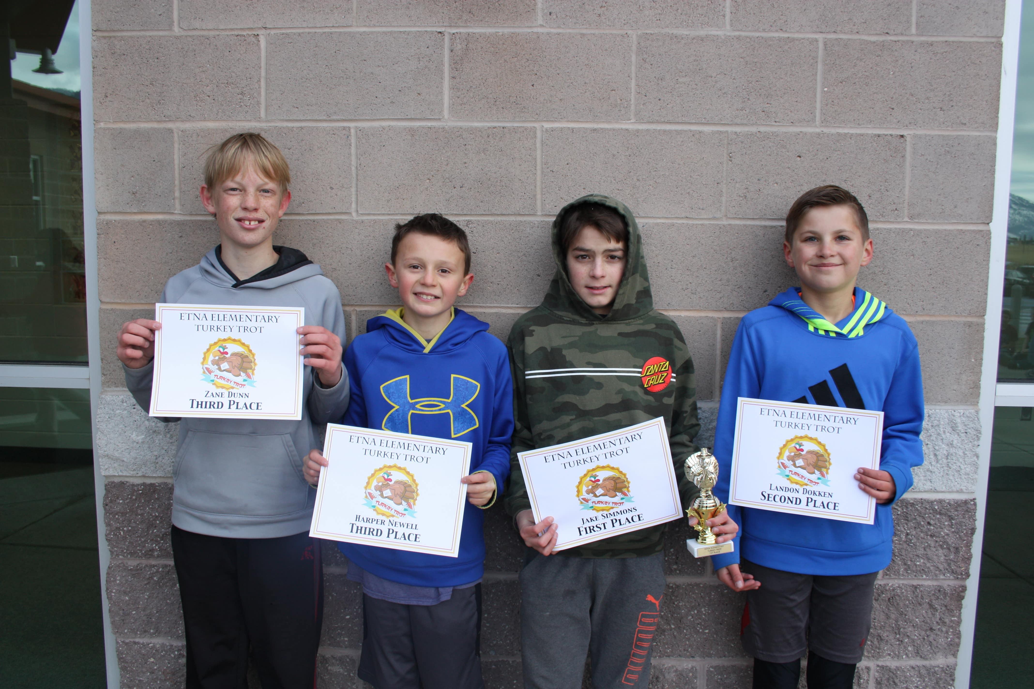 Jake, Landon, Zane, Harper - Turkey Trot winners